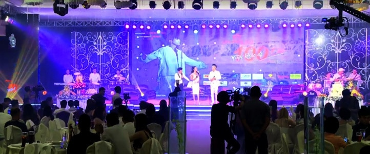 Live Stream hop bao ra mat album 100 tinh khuc de doi ca sy lam hung www.saigonphim.vn www.saigonphim.com.vn