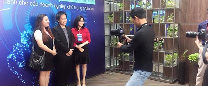 quay phim su kien chinh thuc ra mat base e hiring saigonphim.com.vn
